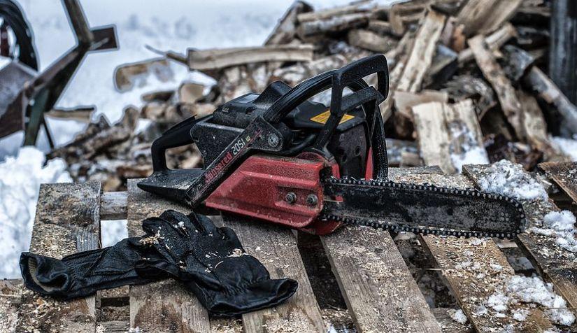 chainsaw-3405246__480